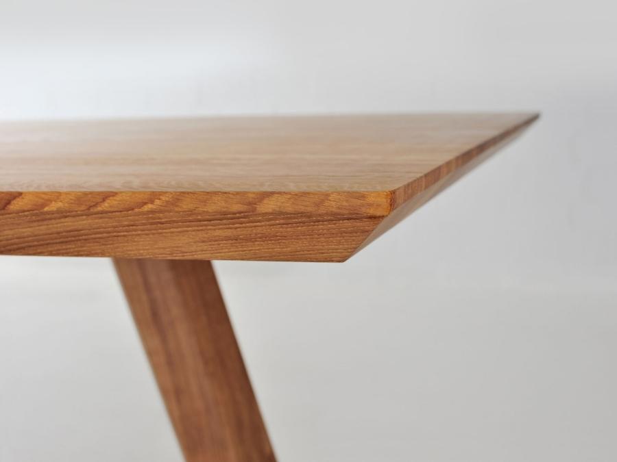 massivholz-esstisch-rhombi-beispiel_03.jpg