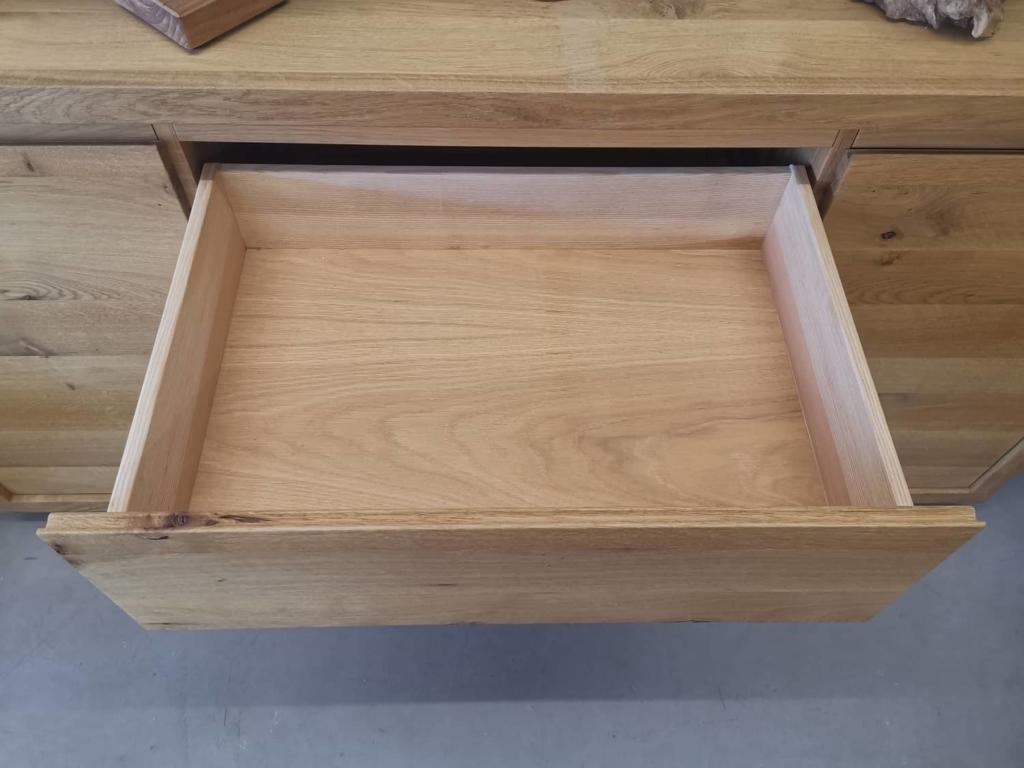 massivholz-sideboard-manhatten-160-eiche_03