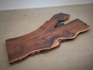 massivholz-tischplatte-nussbaum_ap-001_02.jpg