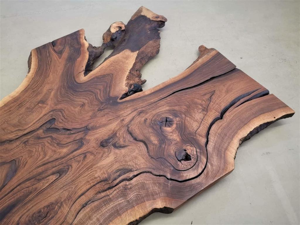 massivholz-tischplatte-nussbaum_ap-003_03.jpg