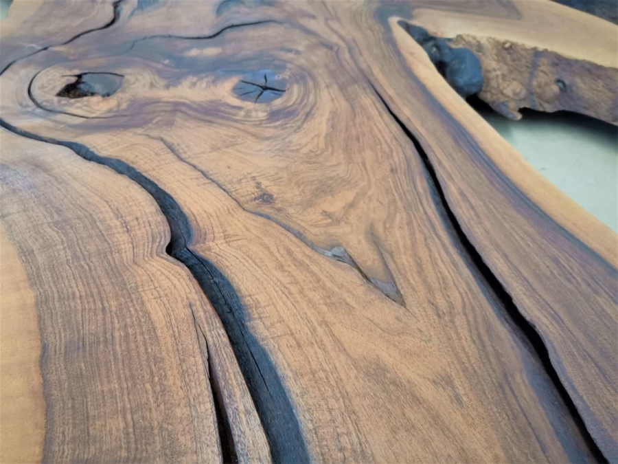 massivholz-tischplatte-nussbaum_ap-003_05.jpg