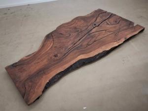 massivholz-tischplatte-nussbaum_ap-004_04.jpg