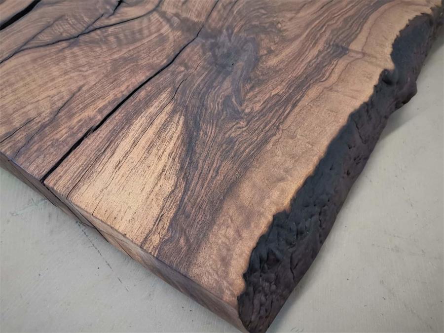 massivholz-tischplatte-nussbaum_ap-005_05.jpg