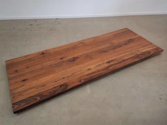 massivholz-tischplatte-amerikanischer-Nussbaum_mb-047_03.jpg