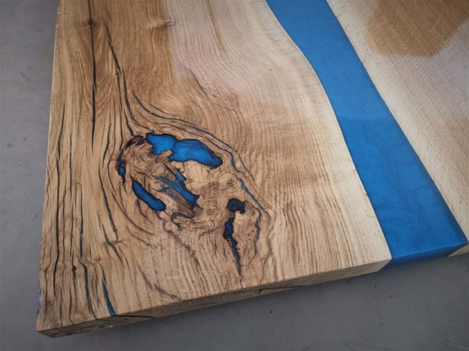 massivholz-tischplatte-eiche-epoxidharz-river_05.jpg