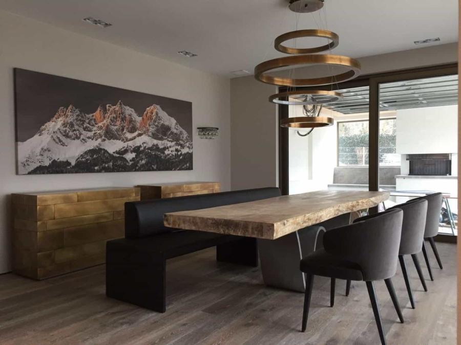 Referenzen Esstisch Teak Baumplatte weiß gekalkt 300 cm mit