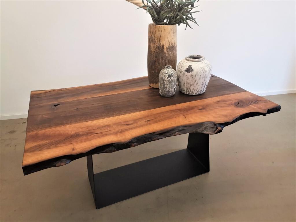 massivholz-tischplatte-nussbaum-baumkante_mb-351 (13)
