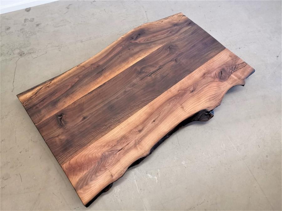 massivholz-tischplatte-nussbaum-baumkante_mb-351 (2)