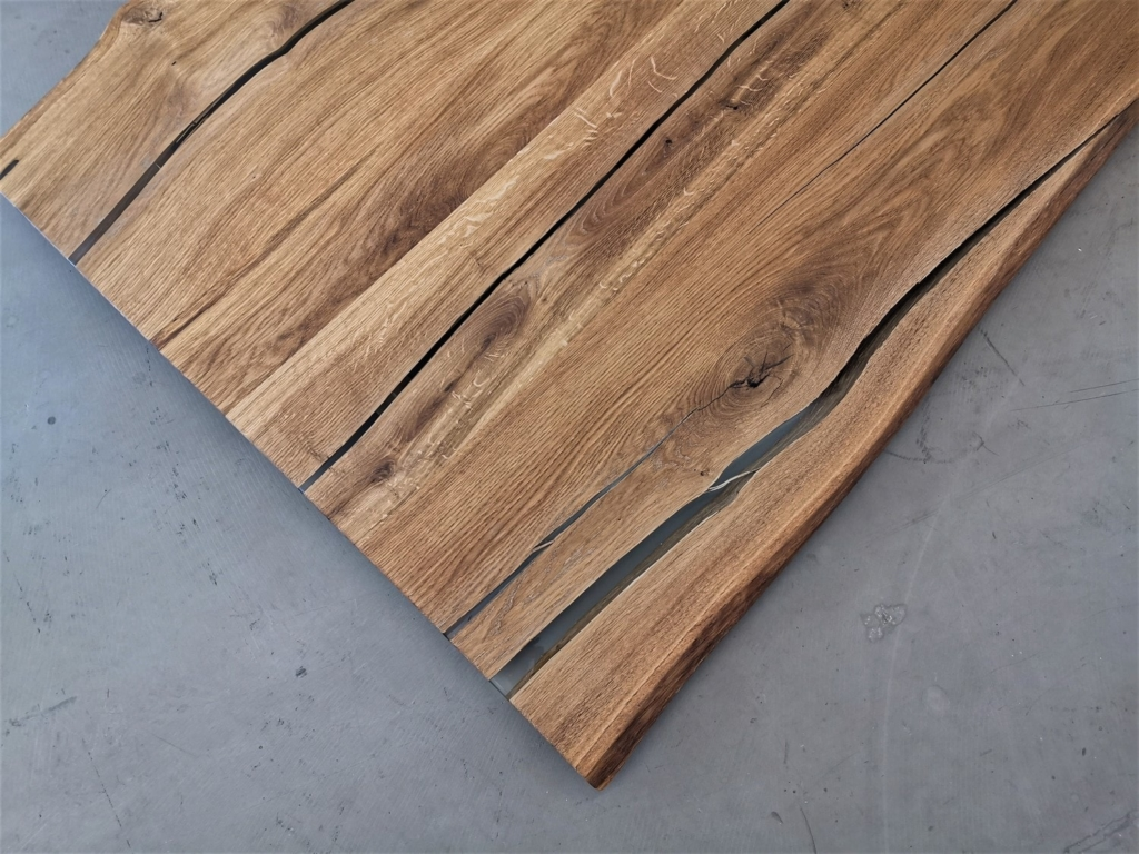 massivholz-tischplatte-Asteiche-epoxy_mb-168_06