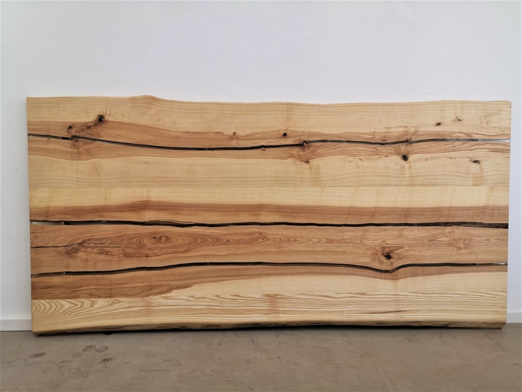 massivholz-tischplatte-esche-epoxy_mb-157_12