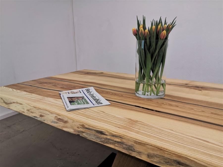 massivholz-tischplatte-esche-epoxy_mb-157_15.jpg