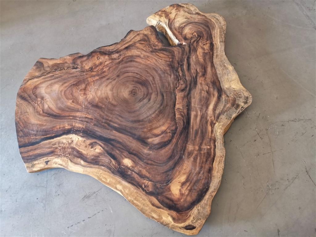 Akazie Baumscheibe