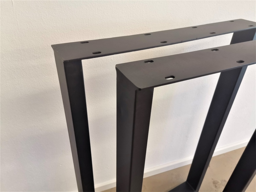 massivholz-tischgestell-bartisch_03