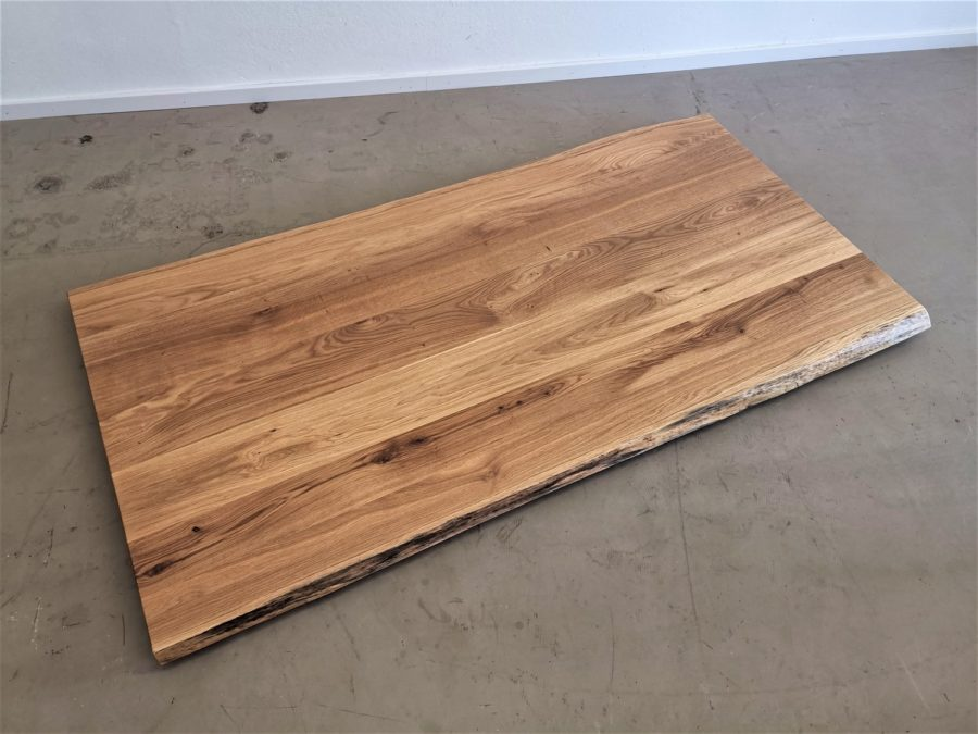 massivholz-tischplatte-asteiche-baumkante_mb-297_02