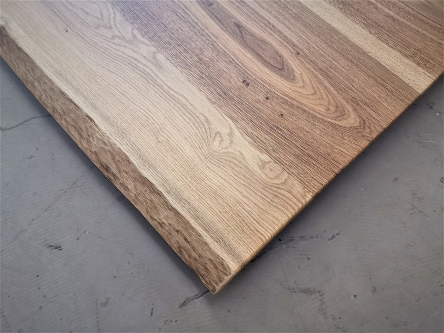 massivholz-tischplatte-asteiche-baumkante_mb-328_03
