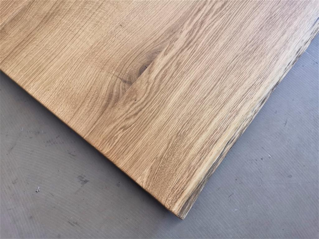 massivholz-tischplatte-asteiche-baumkante_mb-332_05