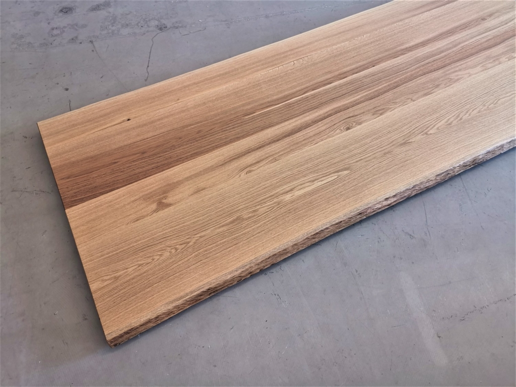 massivholz-tischplatte-asteiche-baumkante_mb-333_07