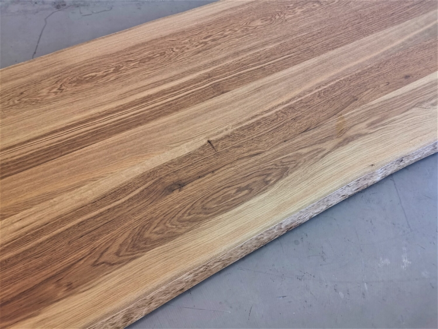massivholz-tischplatte-asteiche-baumkante_mb-335_04