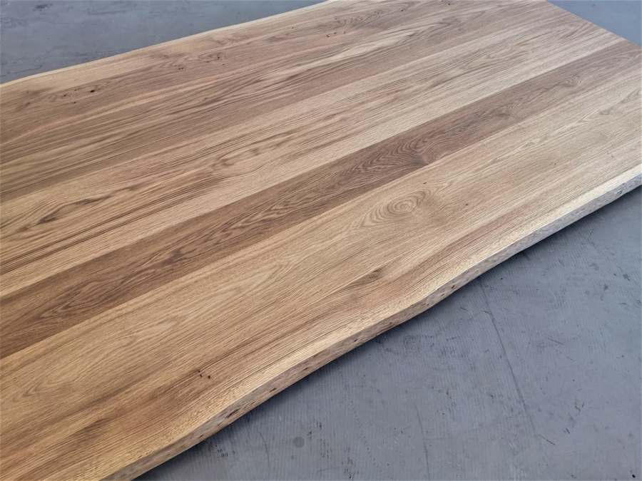 massivholz-tischplatte-asteiche-baumkante_mb-339_05