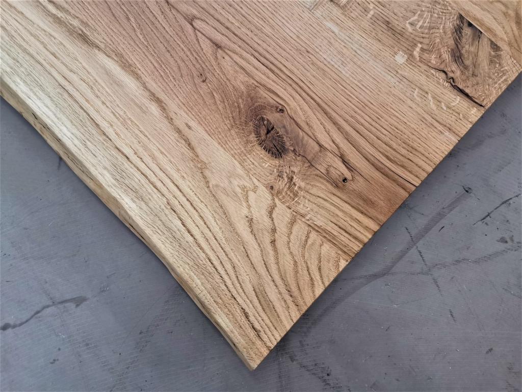 massivholz-tischplatte-baumkante-asteiche_mb-381 (9)