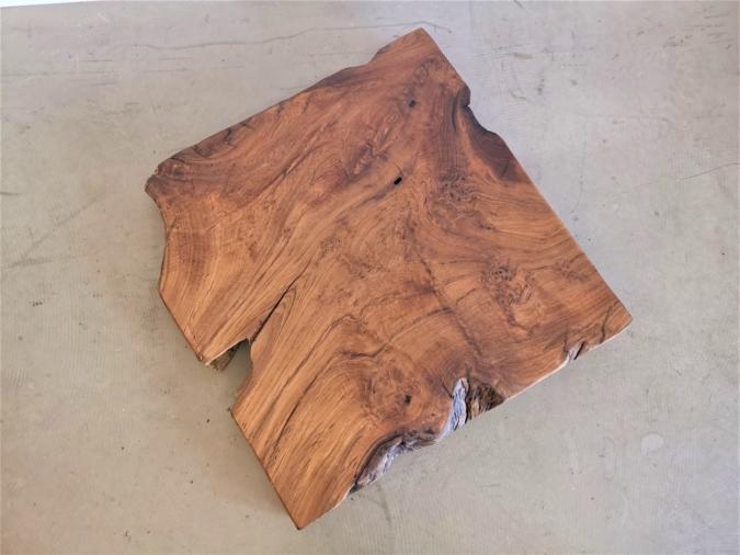massivholz-tischplatte-baumscheibe-baumkante-TEAK_mb-365 (5)