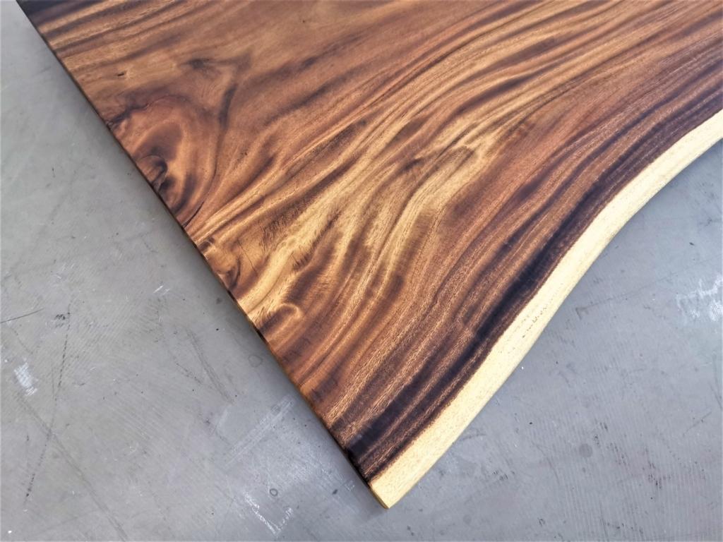 massivholz-tischplatte-baumkante-akazie_mb-413 (4)