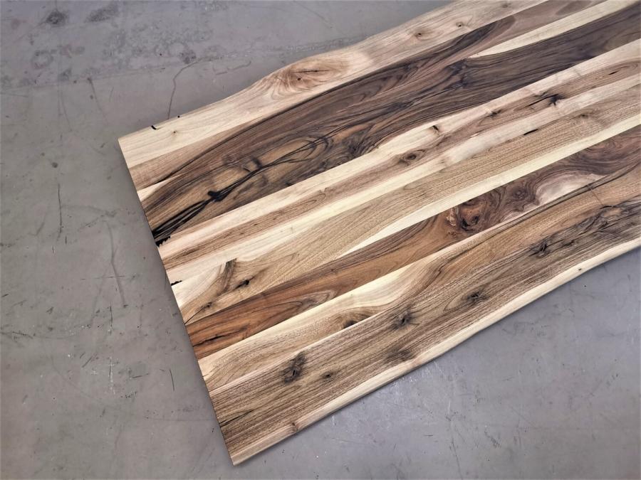 massivholz-tischplatte-baumkante-nussbaum_mb-422 (6)