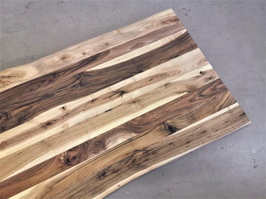 massivholz-tischplatte-baumkante-nussbaum_mb-422 (7)