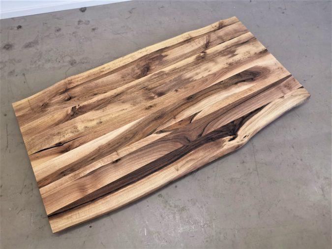massivholz-tischplatte-baumkante-nussbaum_mb-427 (3)