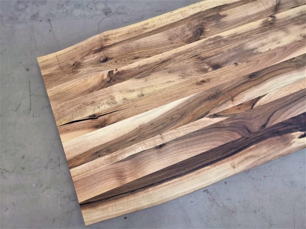 massivholz-tischplatte-baumkante-nussbaum_mb-427 (7)