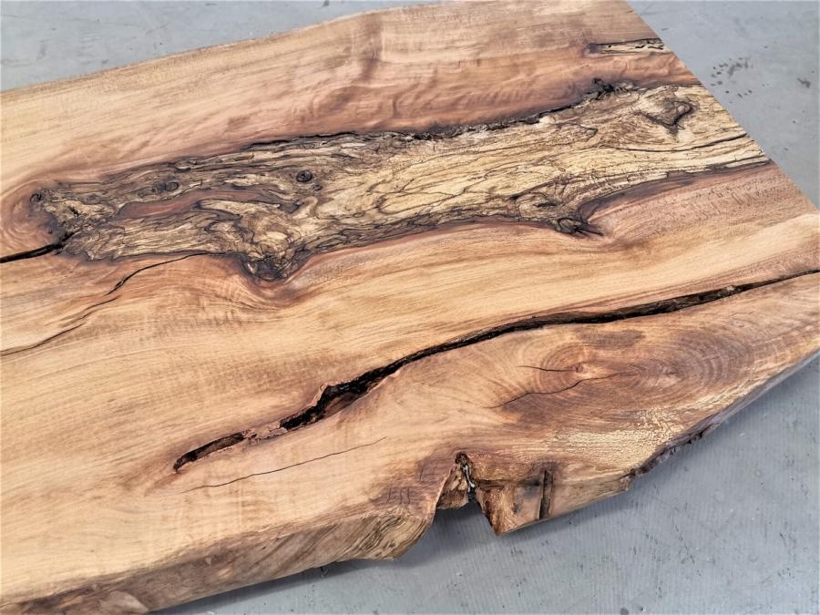 massivholz-tischplatte-am-stueck-baumkante-kernbuche_mb-487 (11)