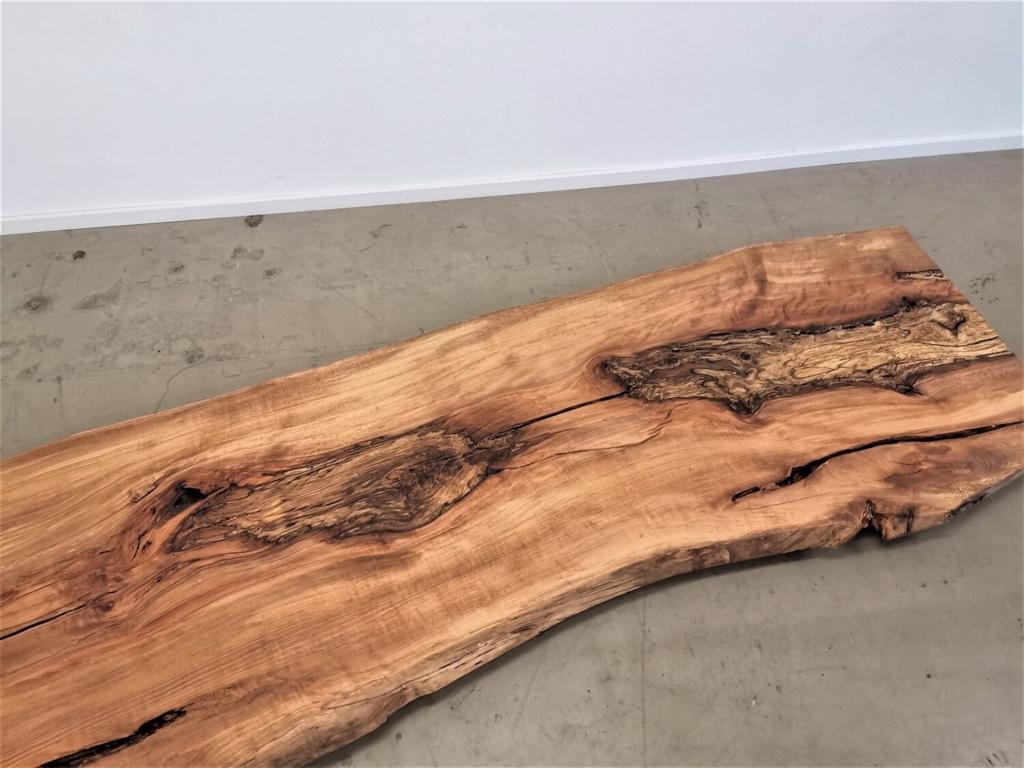 massivholz-tischplatte-am-stueck-baumkante-kernbuche_mb-487 (13)