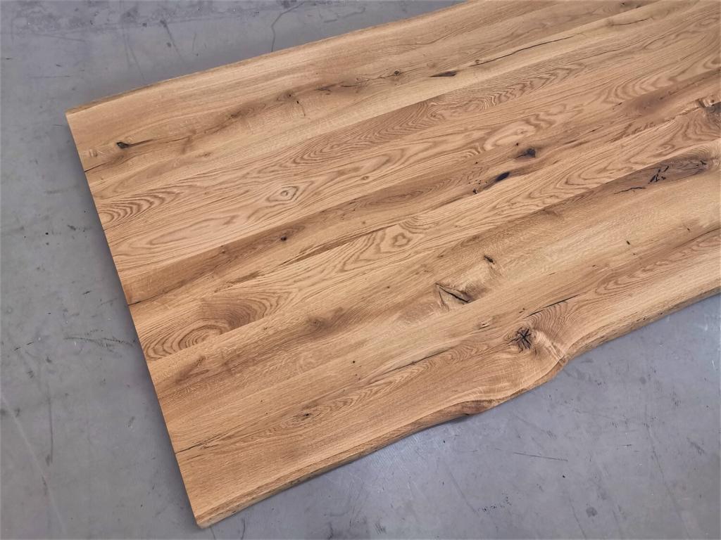 massivholz-tischplatte-baumkante-Asteiche_mb-482 (8)