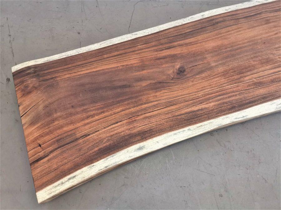 massivholz-tischplatte-baumkante-akazie_mb-509 (5)
