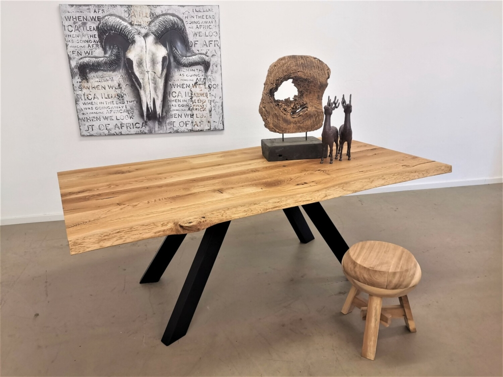 massivholz-tischplatte-baumkante-asteiche_mb-484 (13)