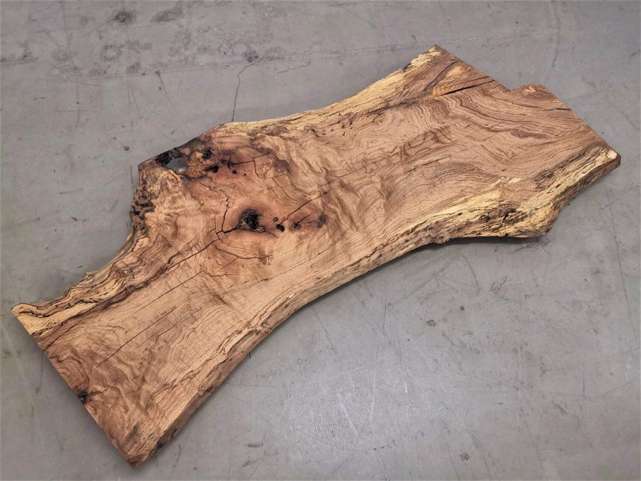 massivholz-tischplatte-am stueck-baumkante-asteiche_mb-539 (3)