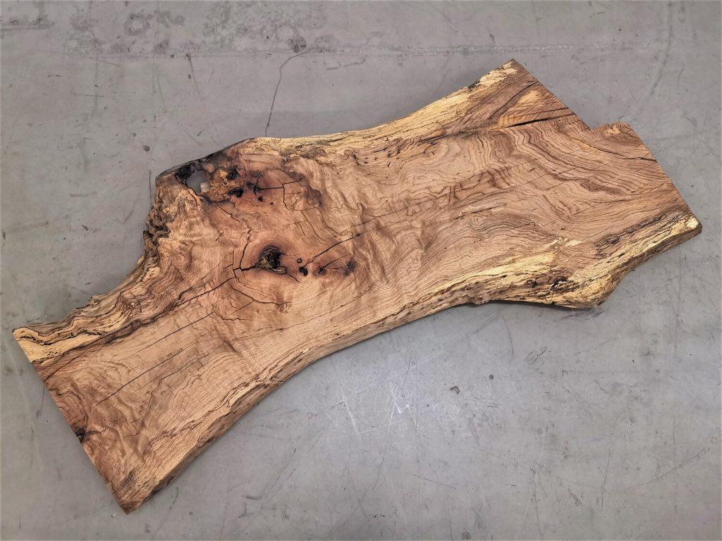massivholz-tischplatte-am stueck-baumkante-asteiche_mb-539 (7)