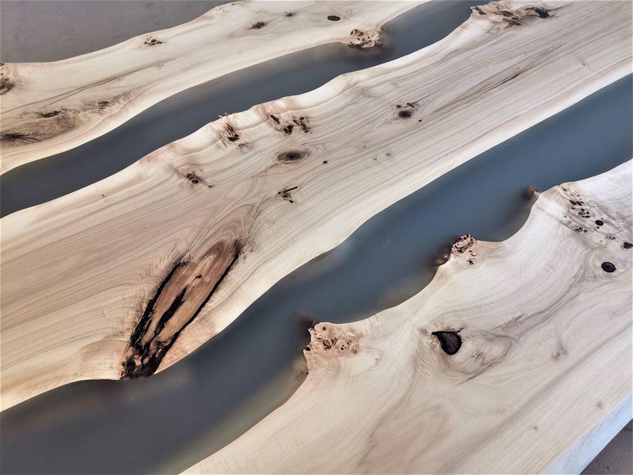 massivholz-tischplatte-maserpappel-grau-epoxid_mb-703(5)