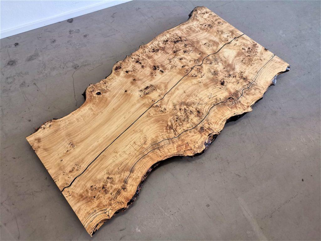 Maserpappel Tischplatte mit Baumkante