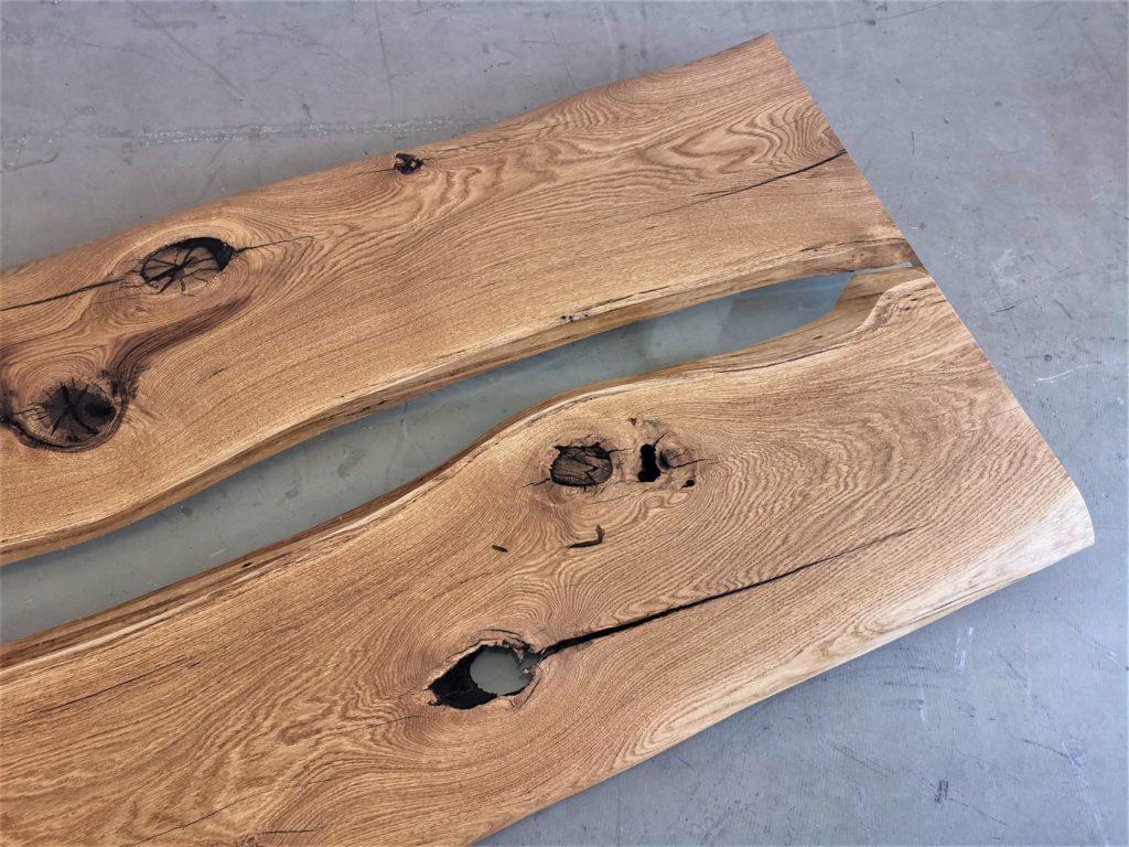 massivholz-tischplatte-asteiche-epoxid_mb-562 (1)