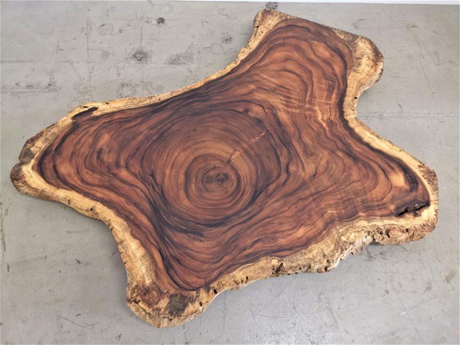 massivholz-baumscheibe-baumkante-akazie_mb-586 (4)