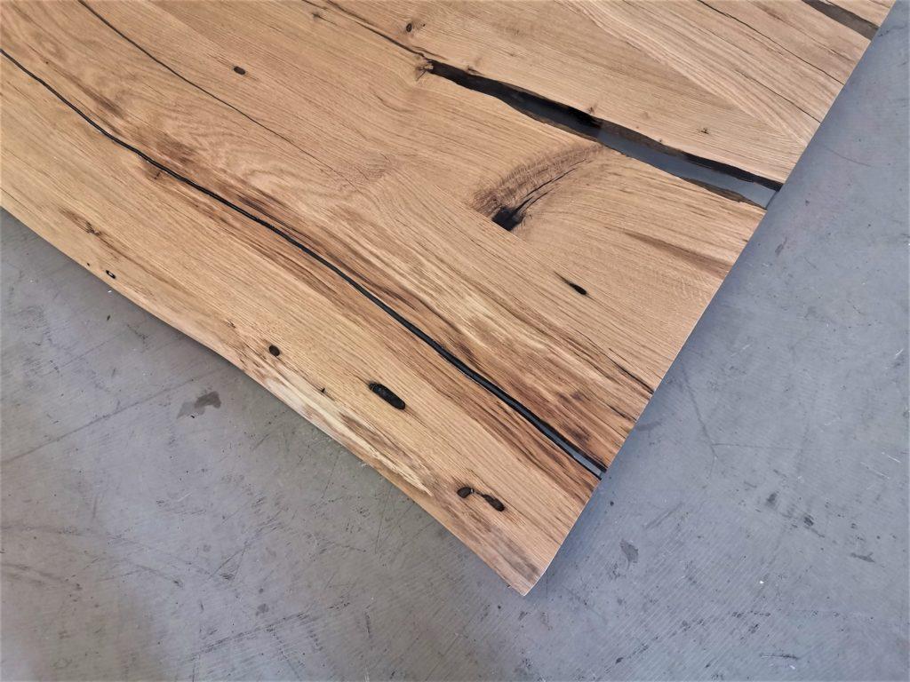 massivholz-tischplatte-baumkante-epoxid-asteiche_mb-582 (7)