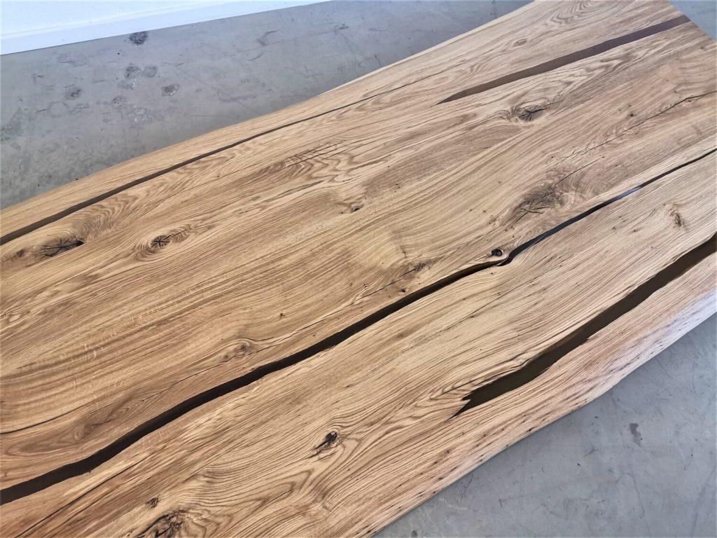 massivholz-tischplatte-baumkante-epoxid-bernstein-asteiche (7)