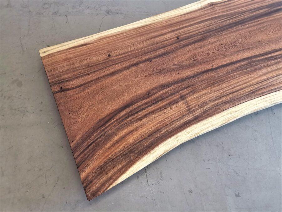 massivholz-tischplatte-baumkante-akazie_mb-616 (4)