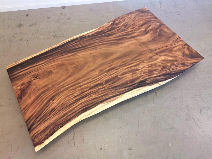 massivholz-tischplatte-baumplatte-baumkante-akazie_mb-604 (2)