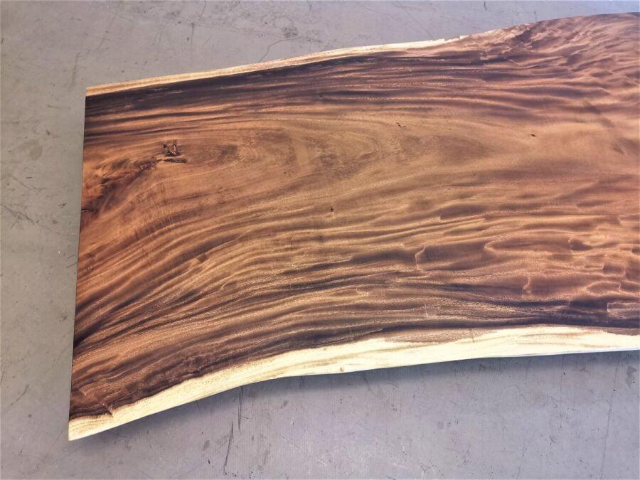 massivholz-tischplatte-baumplatte-baumkante-akazie_mb-604 (5)