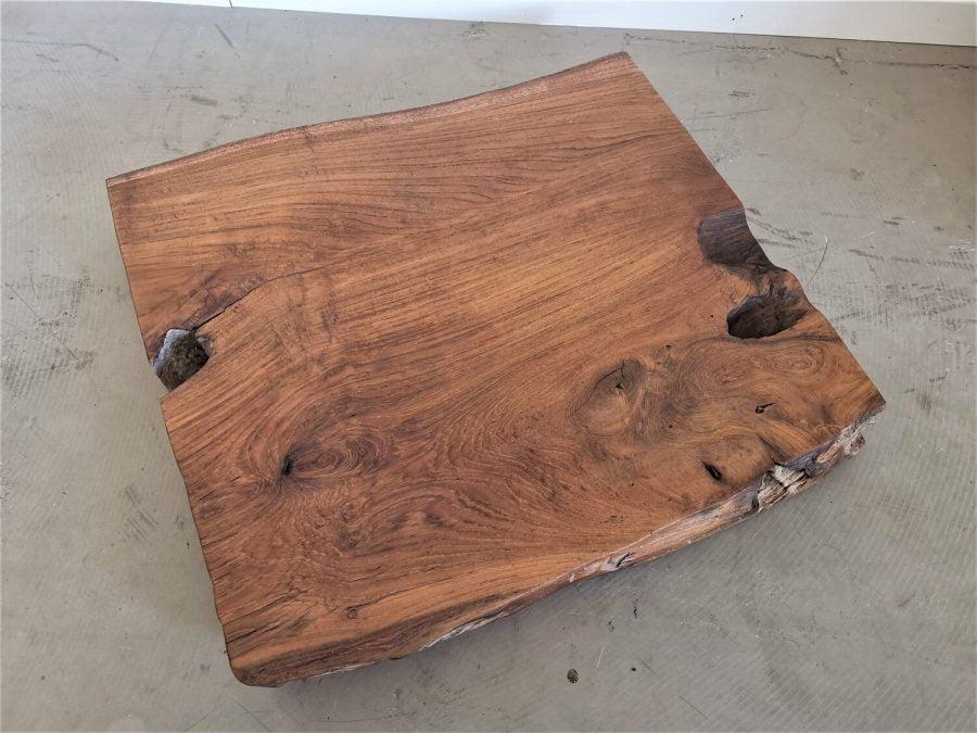 massivholz-tischplatte-baumscheibe-baumkante-teak_mb-628 (3)