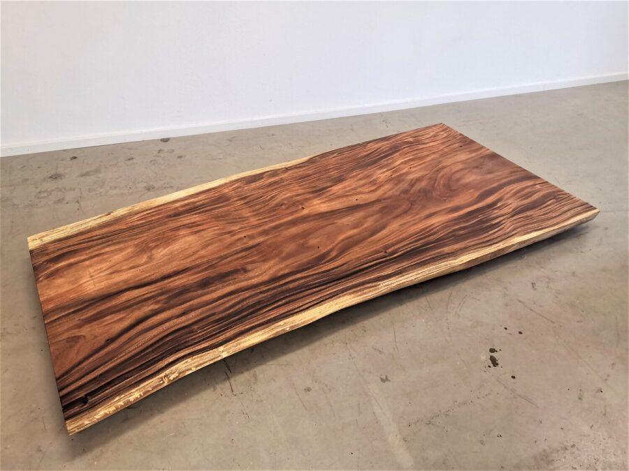 massivholz-tischplatte-am-stueck-akazie_mb-662 (2)