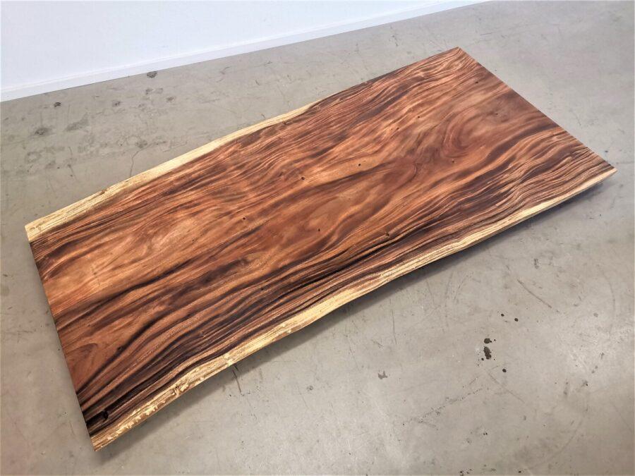 massivholz-tischplatte-am-stueck-akazie_mb-662 (3)