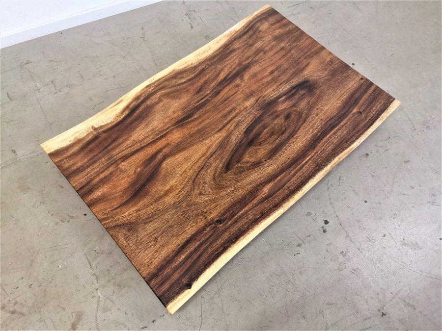 massivholz-tischplatte-baumkante-akazie_mb-692 (2)
